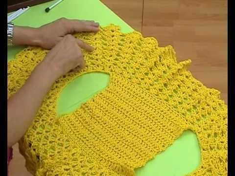 Crochet round bolero free pattern (video in Spanish). Here is the written english translation: http://itty-bittys.blogspot.com/2011/05/my-next-project-mi-proximo-proyecto.html?m=1