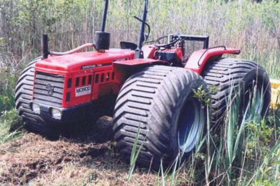 Antonio Carraro Tractor with terra tires