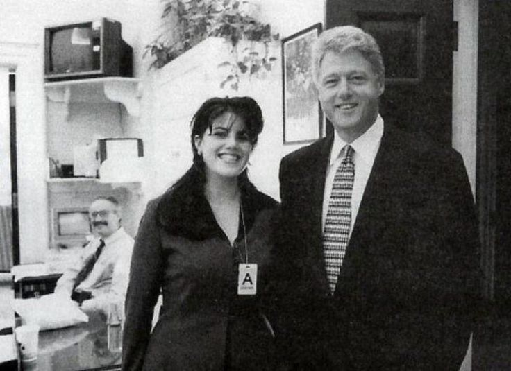 President Bill Clinton poses with White House intern Monica Lewinsky, 1995. @HistoryInPix