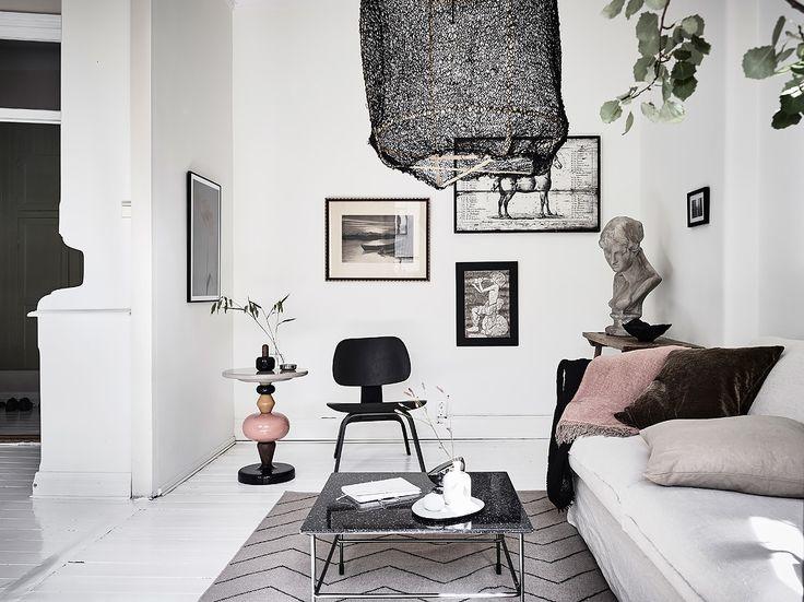 Condominium, Wadman 14 B in Göteborg - Entree Fastighetsmäkleri