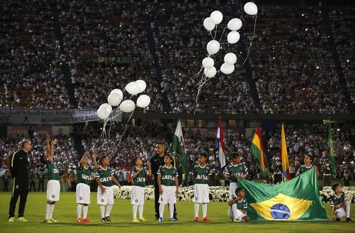 Brasil x Colômbia: Maraca, só atletas do país e renda para famílias da Chape #globoesporte