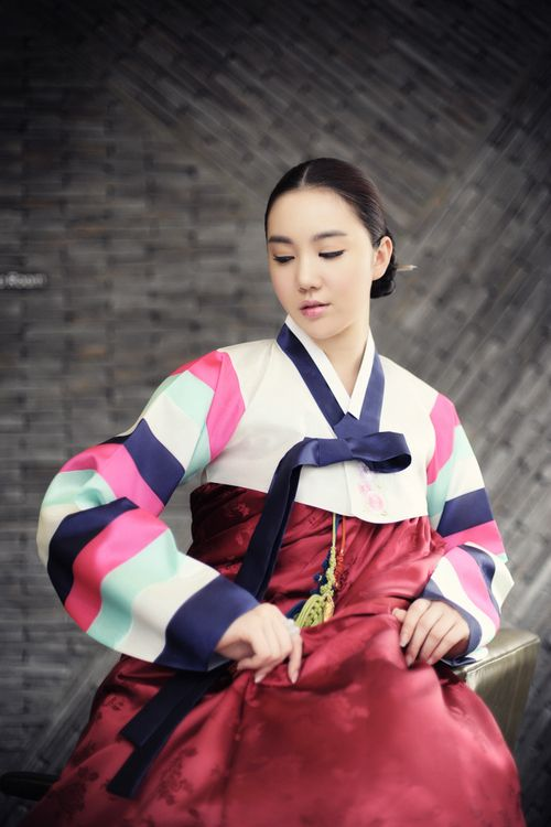 Asian national costumes Hanbok