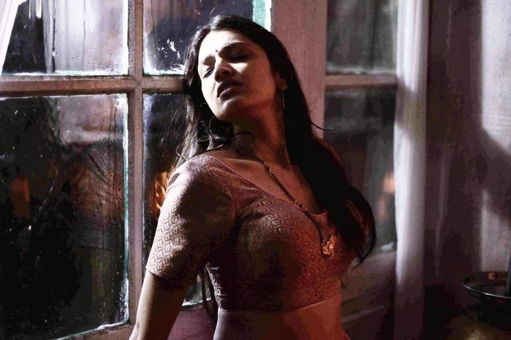 HOT BOLLYWOOD ACTRESSES WHO DEBUTED IN 2014