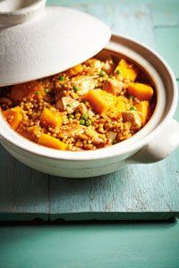<center>We've jazzed up cous cous with paprika chicken to make this easy one-pot dinner so flavoursome.