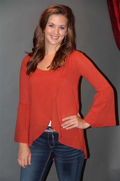 Rust bell sleeve top! It also comes in navy!