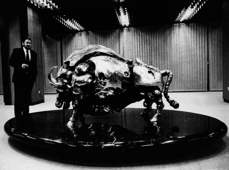 Janez Boljka: First exposition of the famous sculpture in 1940 #JanezBoljka #artist  #ContemporaryRealist #SlovenianArtist #Slovenia  #GraphicDesigner