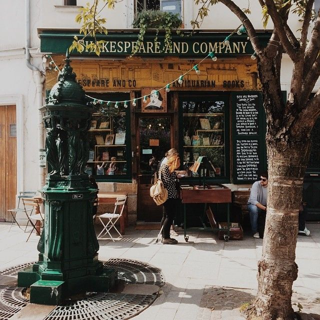 Shakespeare & Co., Paris?