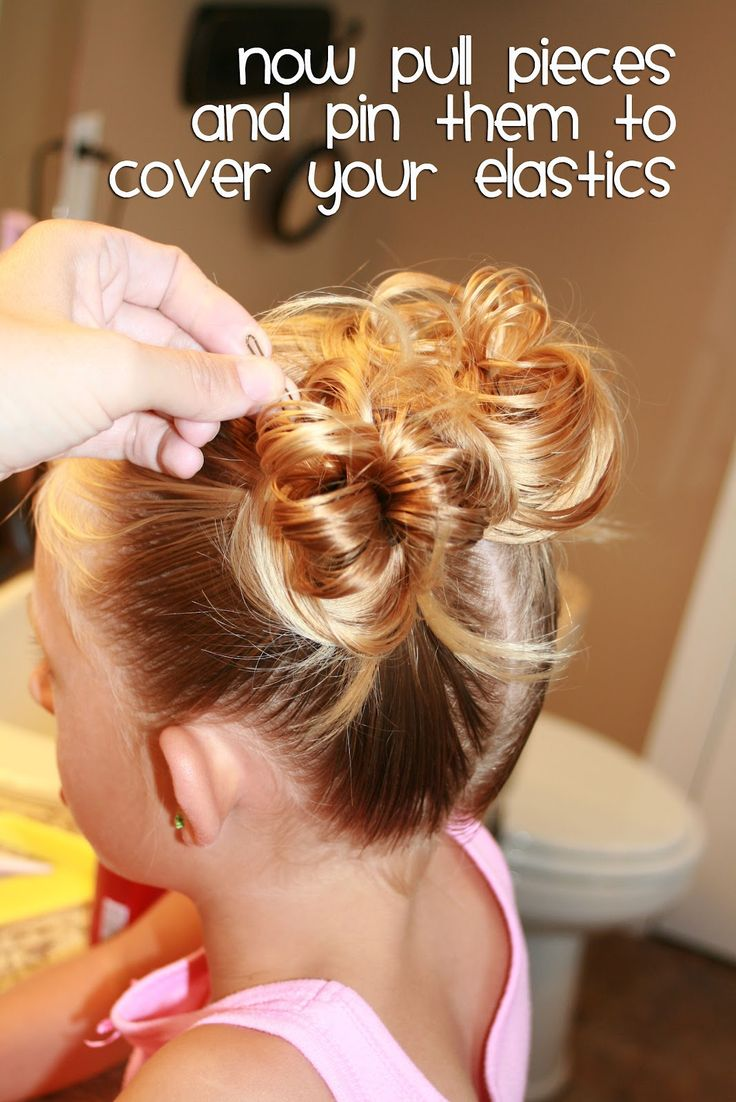 """""""She Does Hair"""": Lots of great ideas for doing a little girl's hair."""