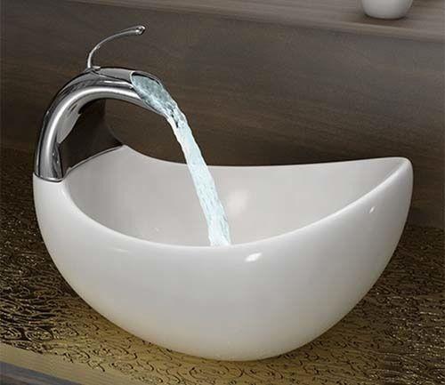 modernes waschbecken im bad schwarz kompakt style