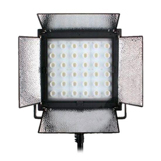 Bresser LED LE-1900 192W/18.000LUX Studiolamp  Bresser LE1900 LED Studiolamp 192W = 18000LUX  V-Lock  Beschrijving: Doorlopend worden de nieuwste ontwikkelingen in de Bresser LED modellen toegepast. De Bresser LED lampen hebben een grote en egale lichtopbrengst over het gehele bereik dit komt door het gebruik van hoogwaardige halfgeleide materialen.  Bij veel leveranciers wordt van de standaard waarde uitgegaan dat 1 Watt vermogensverbruik van een LED lamp kan worden vergeleken met 5 Watt…