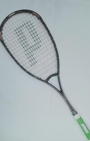 SALE      R1100.00 !!!!                                                      EXO Ӡ TOUR | The inverted ring in the throat of the #squash racket creates the longer main strings of uniform length to enhance the power across the entire string bed. More string freedom allows for edge to edge performance