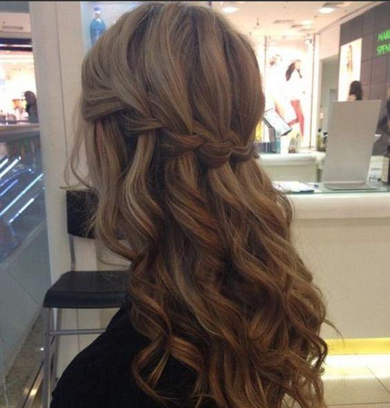 tresse cascade cheveux ondules