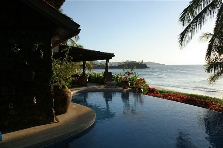 Voted Best Beach House on Flamingo Beach - VRBO