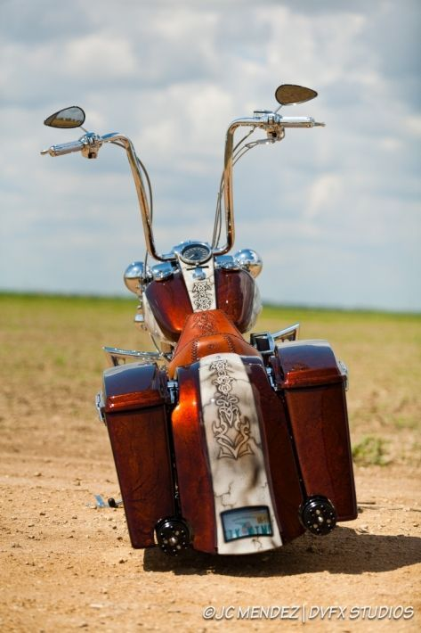 1000+ ideas about Road King on Pinterest | Baggers, Street Glide ...