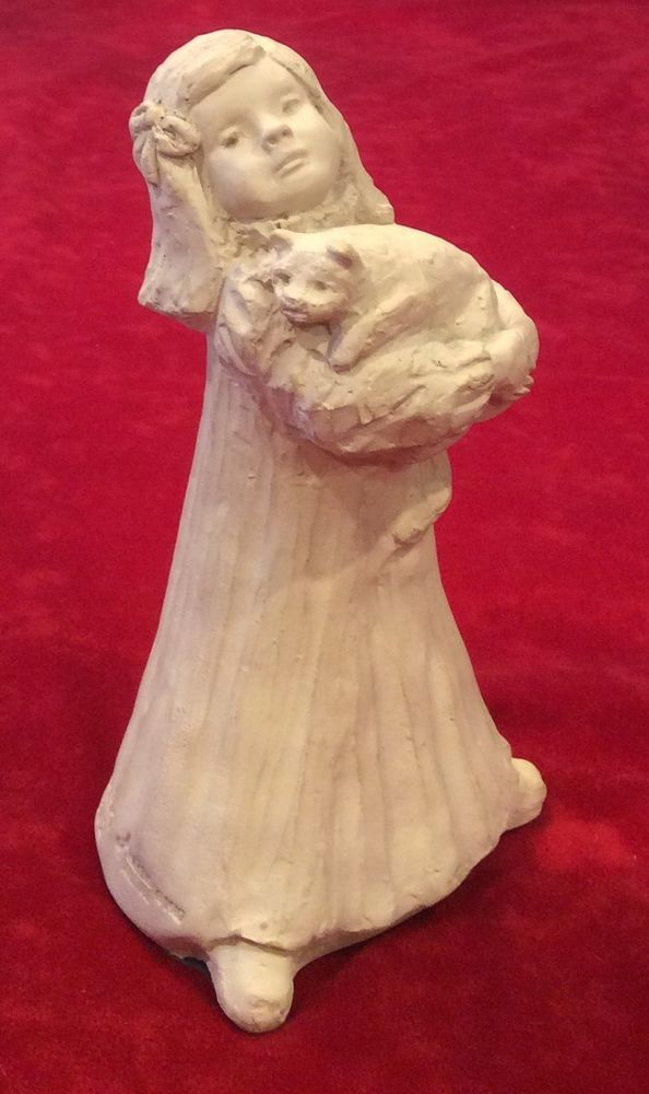 1987 Dee Crowley Austin Sculpture Bright Eyes Girl w/ Kitty Cat Figure