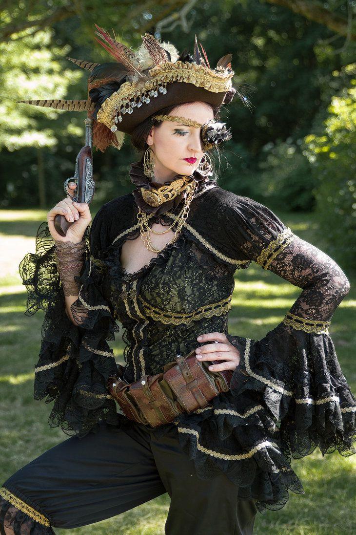 "steam-girls: ""Steampunk pirate posingby S-T-A-R-gazer """