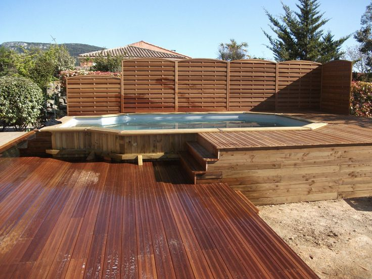 890 best pools images on pinterest for Piscine semi enterree bois