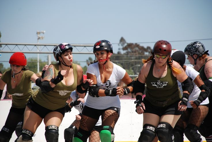 6 ALTERNATIVE ENDURANCE DRILLS FOR ROLLER DERBY Recently, in a forum (I spend lots of my time creeping on forums, okay?), the question of the 27-in-5 and it's usefulness as a minimum skating skill came up. Again. The 27-in-5 isn't in…