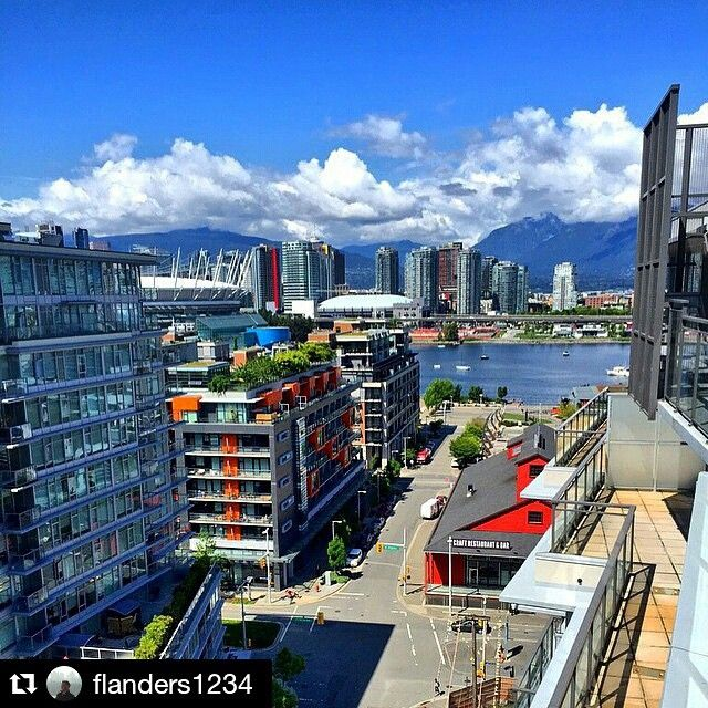 Photo @flanders1234 ・・・ Feels like summer today! #vancouver #vancitybuzz #mustbevancouver #vancouverisawesome #olympicvillage