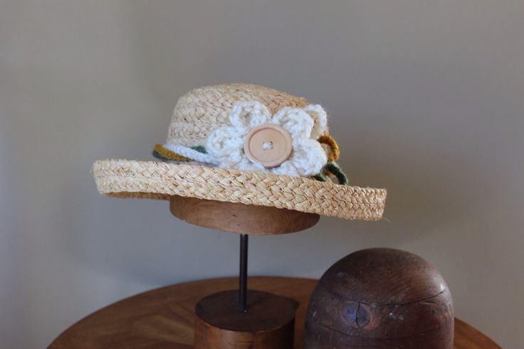 "Ladie's raffia hat, ""Driving Miss Daisy"" by RusticRoseByKaren on Etsy https://www.etsy.com/au/listing/468801431/ladies-raffia-hat-driving-miss-daisy"