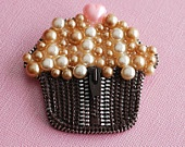 Frosty Chocolate Yummy Cupcake Vintage Zipper Brooch