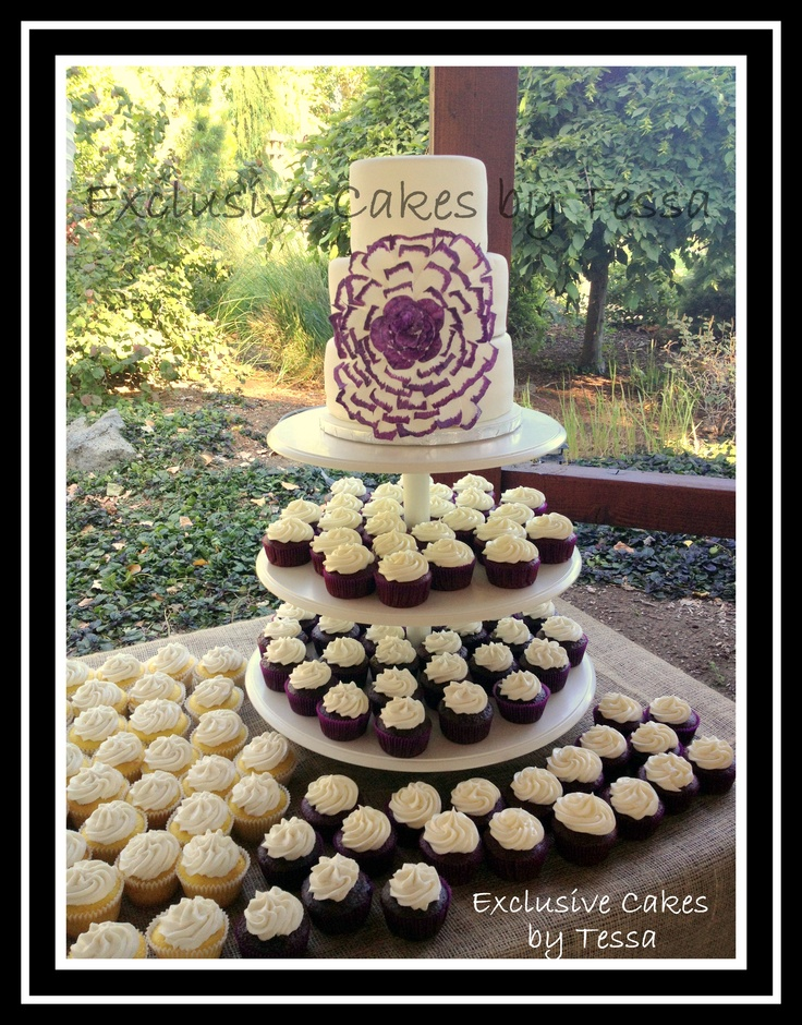 Flower Wedding Cake With 3 Round Tiers Covered In Fondant
