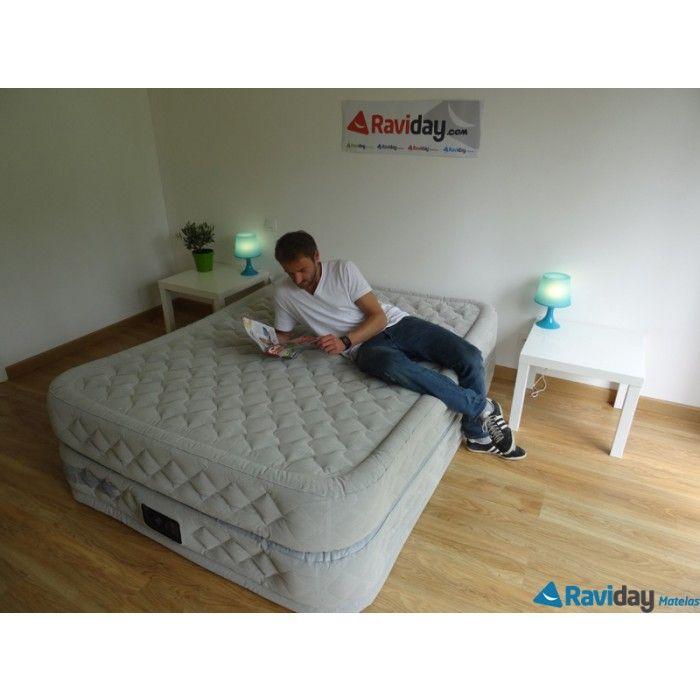 Un matelas gonflable 2 en 1 grâce à son sommier gonflable intégré ! Il vous permet de le border comme un vrai lit ! Supreme Bed Intex 2 places. dimensions : 203*152*51cm En vente chez http://www.raviday-matelas.com/lit-d-appoint-gonflable-intex-supreme-bed-2-personnes/  #intex #matelas #lit #appoint #électrique #confort #fermeté #maison #appartement #décoration