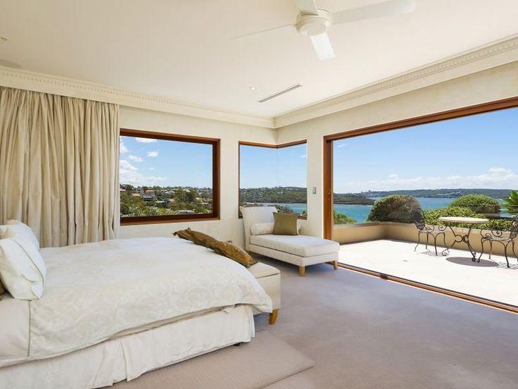 13/03/15 Mosman, NSW Sales Agents - Richard Harding and Geoff Smith LJ Hooker House - Lower North Shore Sydney 02 9969 1500