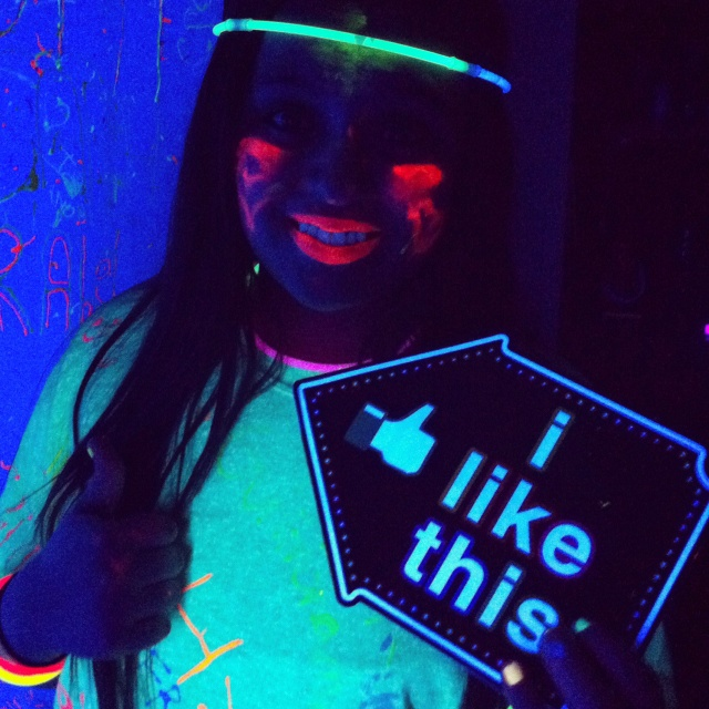 Make Your Own Glow In The Dark Paint From Scratch
