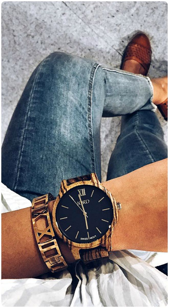 LOVE THIS WATCH!!! Navy never goes out of style. Perfect fall accessory spotlight and shot by…