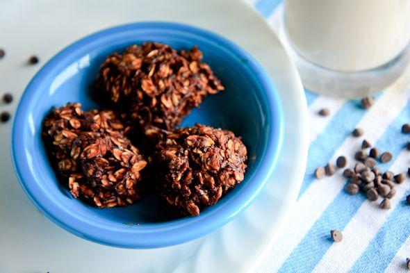 No Bake Banana Chocolate Cookies (no added sugar)...Vegan. Reminds me of the unhealthier Preacher Cookies.
