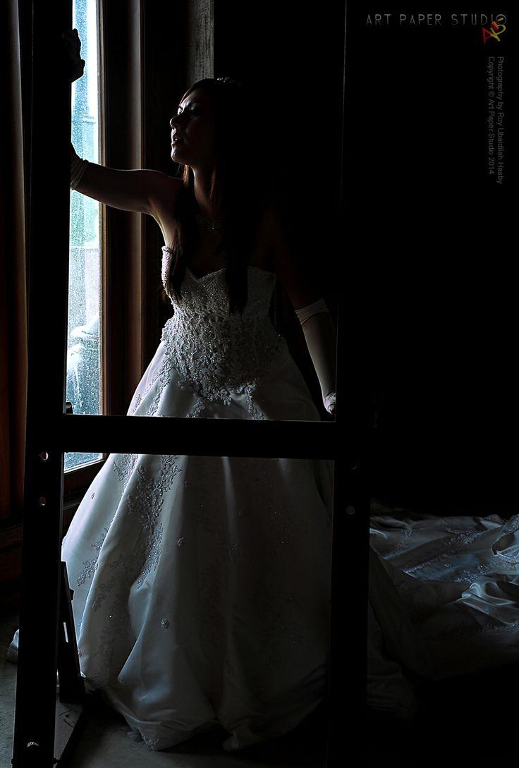 Bridal Photography  Photography credit by Roy Ubaidillah Hasby  Copyright © Art Paper Studio