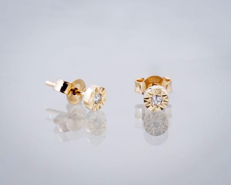 Kolczyki z diamentami 11512 Sklep Złoto-Orla Warszawa  #żółezłoto #złoto #gold #diamenty #diamonds #kolczyki #ozdoba #stylizacjaślubna #biżuteriaślubna