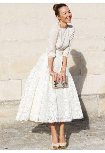 Beautiful lace midi skirt http://rstyle.me/n/pbsdenyg6