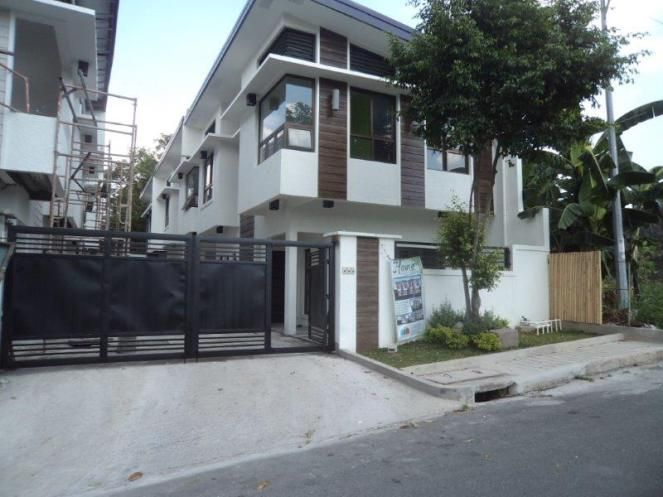 Townhouse For Sale in Ecopark East Fairview Quezon City Price: 4,400,000 For more properties for sale in Quezon City,visit: http://metrohouses.net/ Like Metrohouses on Facebook: https://www.facebook.com/metrohousesrealty Follow us on Twitter: https://twitter.com/metrohouses Follow us on Instagram: https://instagram.com/metrohouses/ Check out our latest videos on Youtube: https://www.youtube.com/channel/UChrYdHF9q-u0OVYuf320lUg Contact us: http://metrohouses.net/contact-us-3/