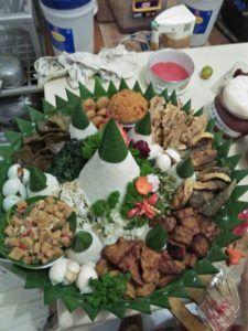 Catering tumpeng 085692092435: 0811-8888-516 Jual Nasi Tumpeng Di Jakarta Pusat