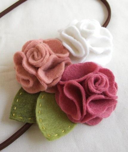 oh my god, how cute is this felt flower headband?