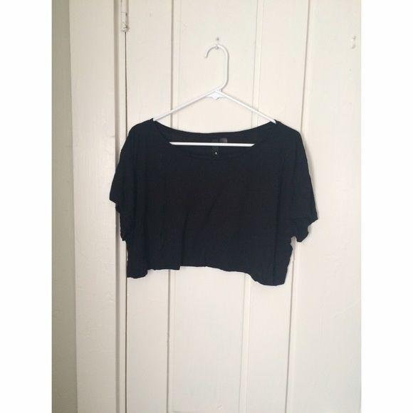 Black loose crop top Loose, flowy black H&M crop top, worn once. Can fit xs/s H&M Tops Crop Tops
