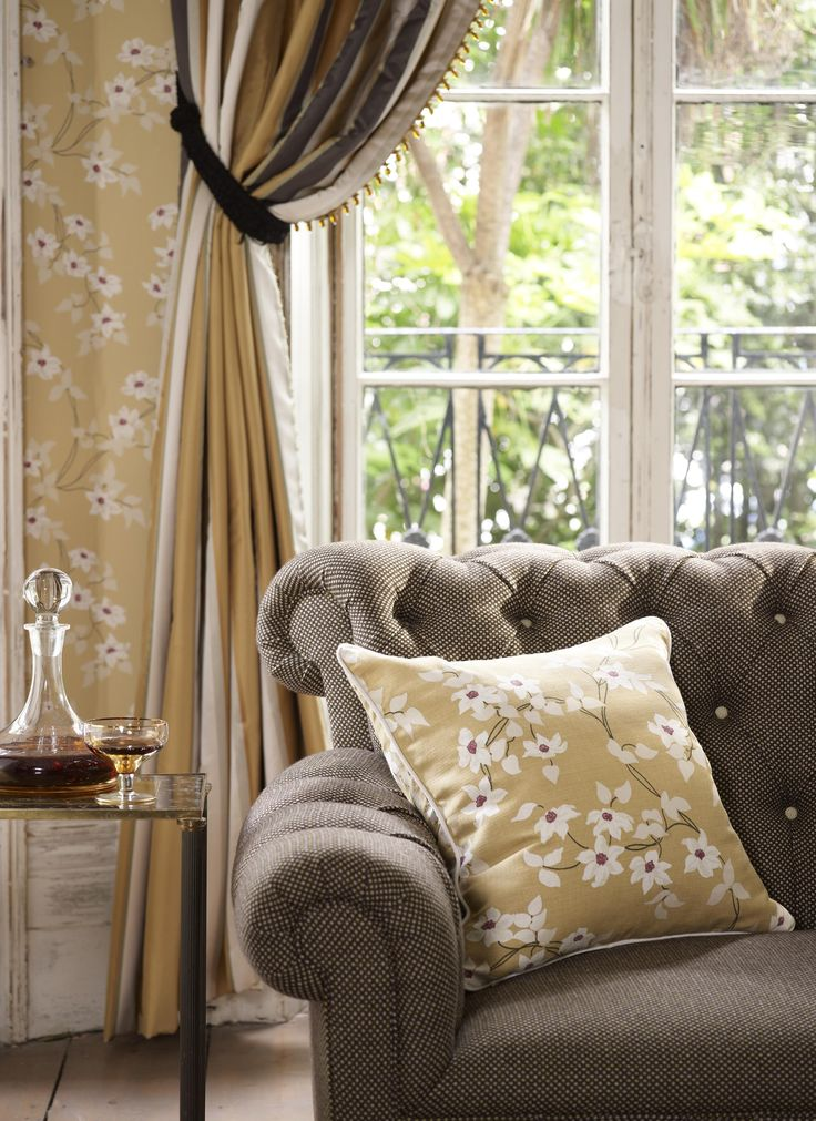 luxury wallpapers by nina campbell style estate