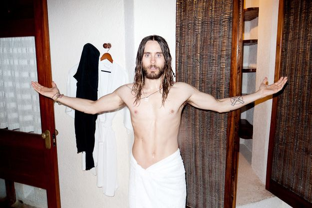 This is the half-naked body of that same man: | Jared Leto Defies All Aging Logic As The Sexiest 42-Year-Old Man On Earth