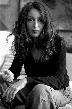 actress and artist zerrin tekindor
