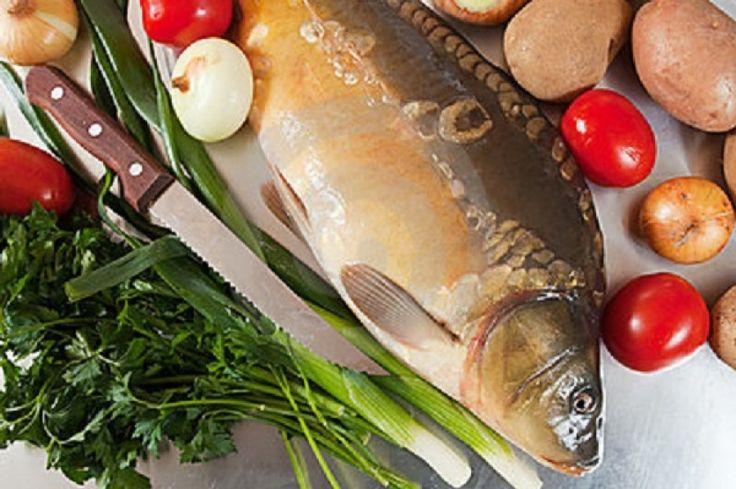 Rețeta zilei de joi. Crap sălbatic de Dunăre gătit după gustul pescarilor http://www.antenasatelor.ro/re%C5%A3ete-de-suflet/re%C5%A3eta-zilei/re%C5%A3eta-zilei-de-joi/3195-re%C8%9Beta-zilei-de-mar%C8%9Bi-crap-salbatic-de-dunare-gatit-dupa-gustul-pescarilor.html