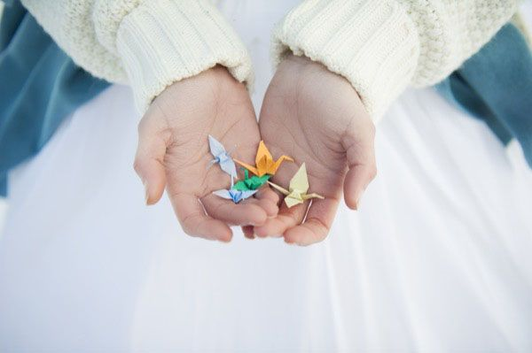 origami crane http://weddingwonderland.it/2015/03/matrimonio-sulla-neve.html