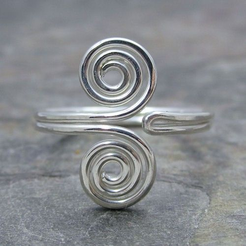 Sterling Silver Wire Wrap Toe Ring size 3 by KimsJewels on Etsy, $10.00