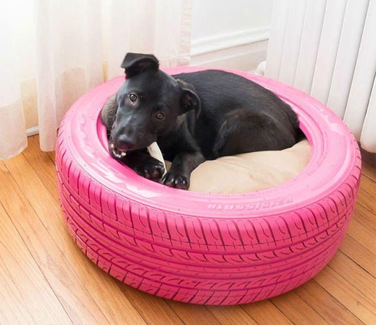 Lettino per cani con pneumatici riciclati