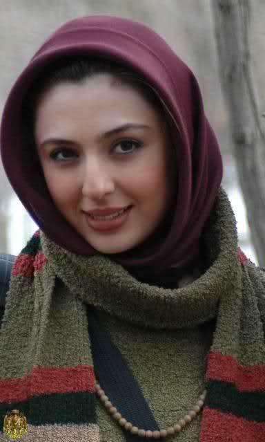 Gorgeous Iranian Woman Hijab Hijabi Style Fashion -3155