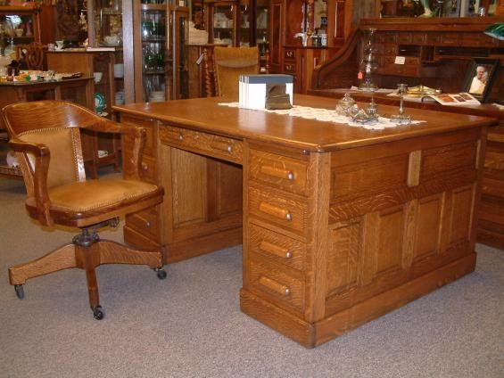 Salado Creek Antiques - Quartersawn Oak Partners Desk