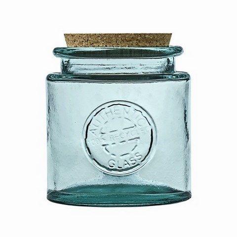 Вместительная банка идеальна для хранения сыпучих продуктов: круп, чая или трав. Пробковая крышка не позволит просочиться пыли или посторонним запахам. Оригинальный предмет подойдет и для декорирования помещения.