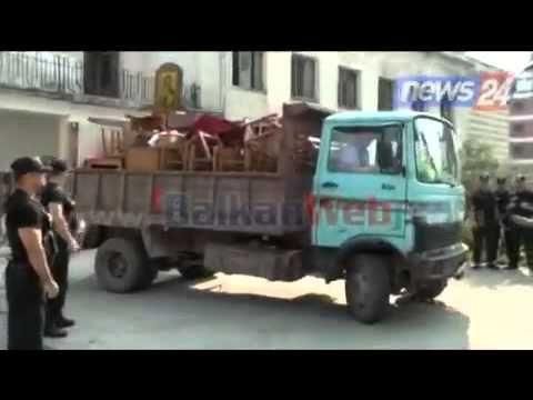 Σε διωγμό η ΕλληνοΟρθόδοξη Εκκλησία στην Αλβανία …Ξύλωσαν ακόμη και τις Εικόνες !(video)