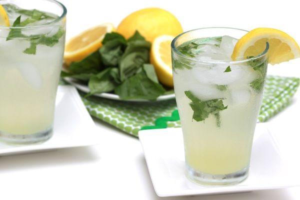 Basil lemonadeYummy Recipe, Basil Lemonade Recipe, Food, Summer Recipe, Basil Teas, Beverages, Eating, Drinks, Dinner Recipe